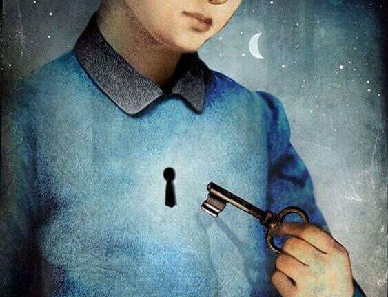 ung mann med lås i brystet og nøkkel i hånden