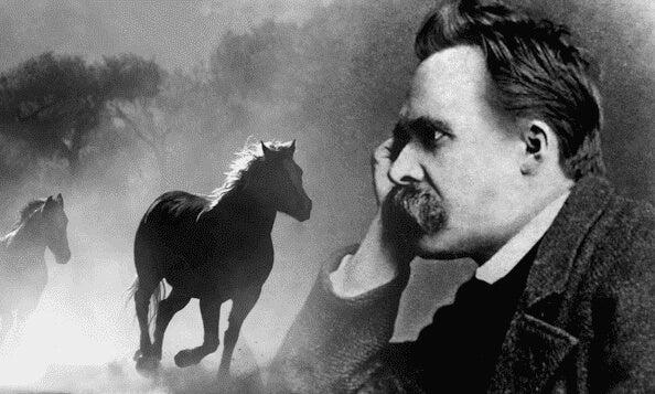 Nietzsche ser drømmende på hester