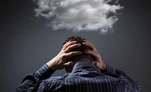 6 måter å stoppe påtrengende tanker på