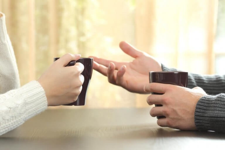 par diskuterer på en sunn måte