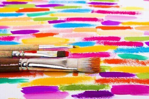 Å bruke kunstterapi: definisjon og fordeler