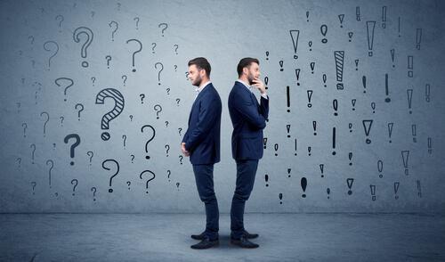 To menn representerer paradoksal kommunikasjon