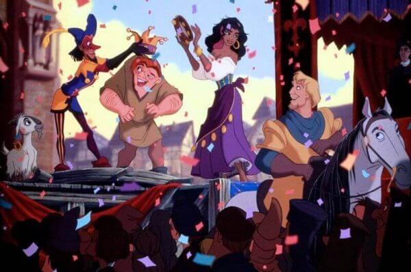 Quasimodo og Esmeralda under kronen.