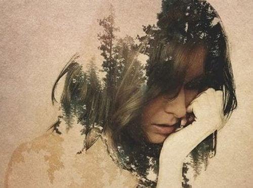 emosjonell kvinne