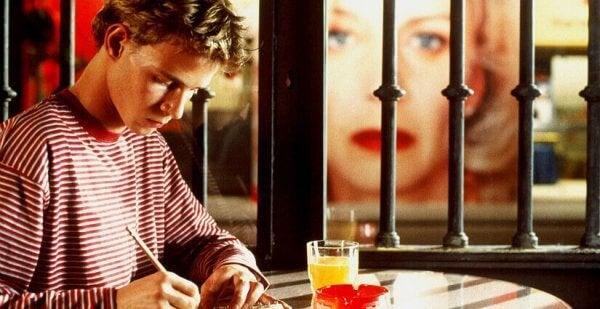 Gutt som skriver brev