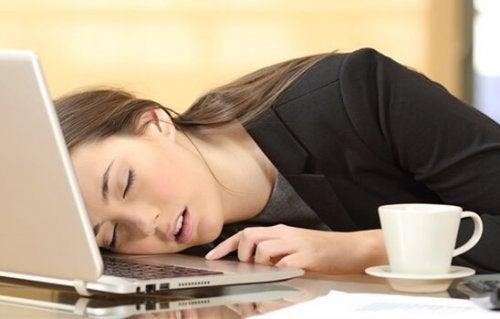 Hvordan vet du om du lider av hypersomni?