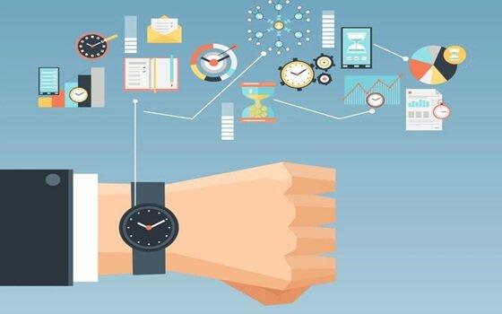 Klokke viser oppgaver - øke produktiviteten