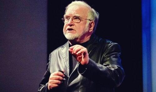 Mihaly Csikszentmihalyi og flyt: Psykologien bak optimal opplevelse