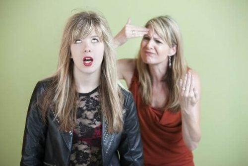 Opprørsk atferd i ungdomsårene