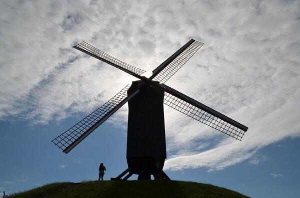 Don Quijote og vindmølle