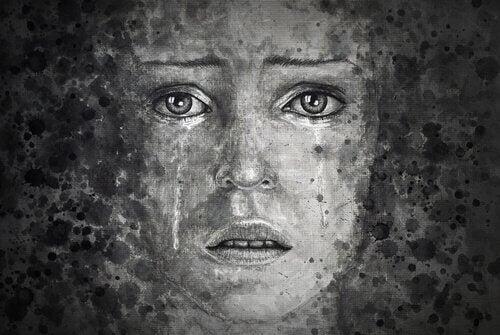 Trist kvinne med ødelagt sjel