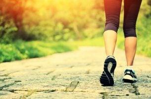 Fordeler med å gå som trening