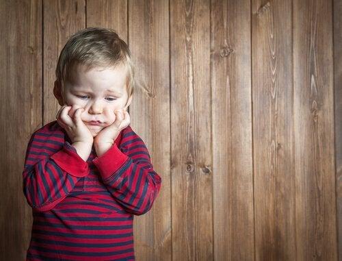 frustrert barn