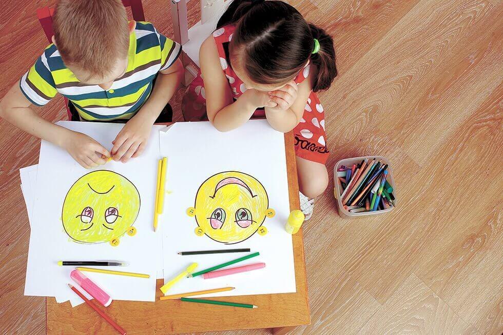Barn tegner følelser