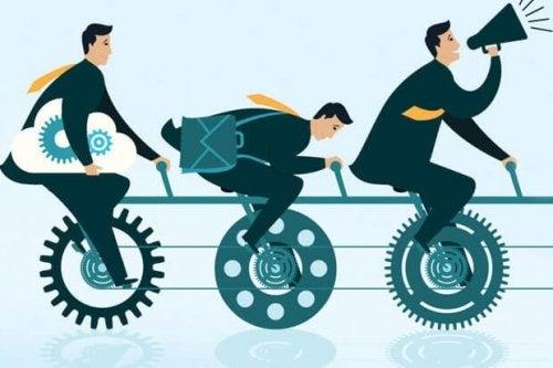Menn på sykler