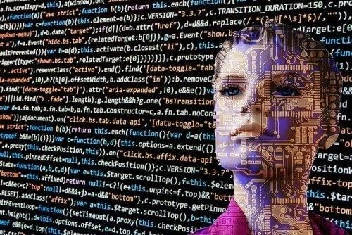 Robot som ligner ei kvinne