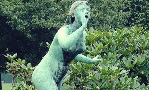 En statue av Echo