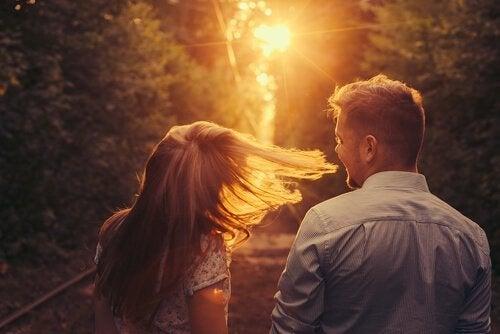 Plutselig kom du: En historie om å bli forelsket