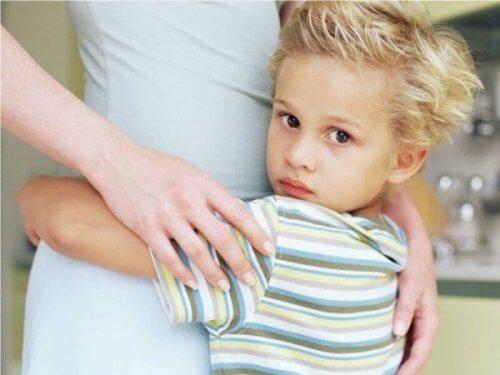 Hyper-barn er familiens midtpunkt for oppmerksomhet.