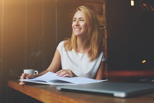 Nyttige råd for å være lykkelig på jobben