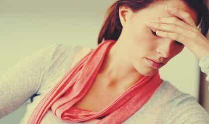 Hvordan påvirker stress kvinner forskjellig fra menn?