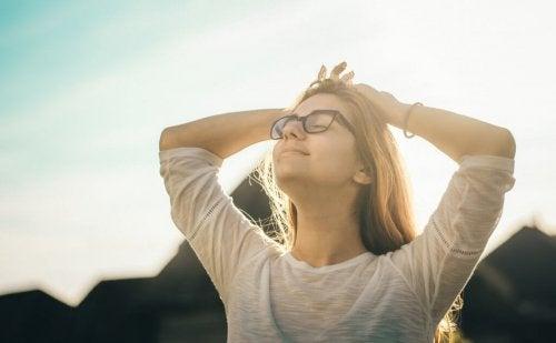 En kvinne med en optimists hjerne