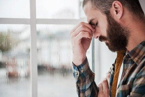 En fyr opplever depresjon, en av de skjulte årsakene til latskap