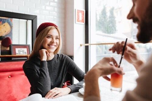 Emosjonell tilknytning: 2 nøkler som vil hjelpe deg