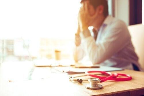 Utbrenthetssyndrom hos helsepersonell