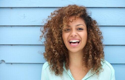 Nevrovitenskapen bak det å være lykkelig