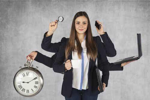 Hva er det som kjennetegner en arbeidsnarkoman?