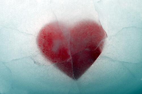 Hjerte frosset til is.