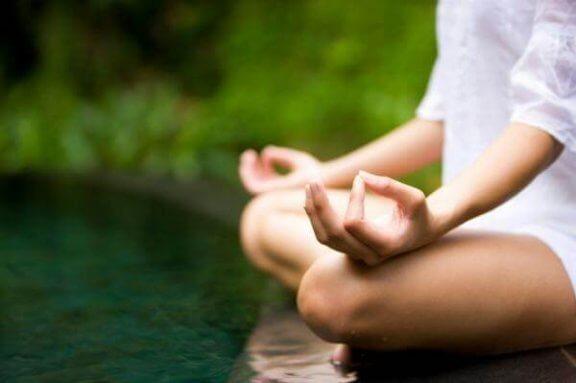 Hvordan meditasjon kan forbedre hverdagen din