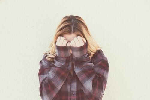 Skam, en begrensende følelse som mange lever med