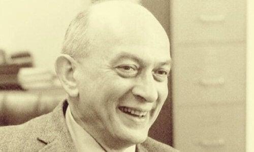 Salomon Asch.
