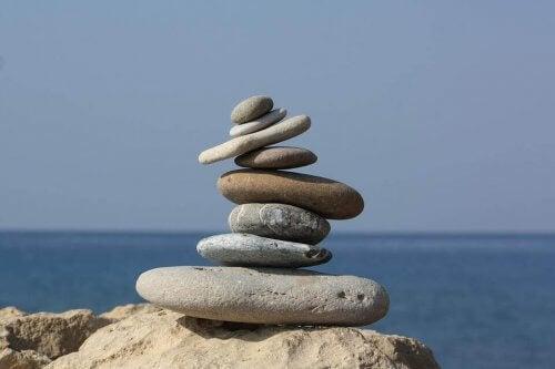 En haug med steiner.