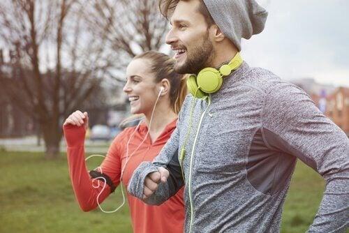 Ti minutter med trening hver dag kan gjøre deg lykkeligere