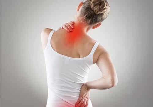 4 øvelser for å forbedre ryggsmerter og holdningen din