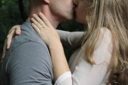 Et par kysser
