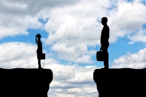 I vårt samfunn er det koblinger mellom lederskap og kvinnelig diskriminering.