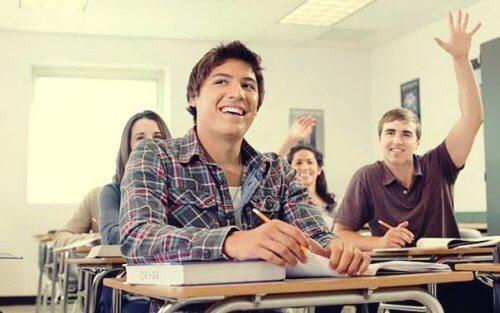 Vi må revurdere insentiver i utdanning for å forbedre kvaliteten på skolene våre.