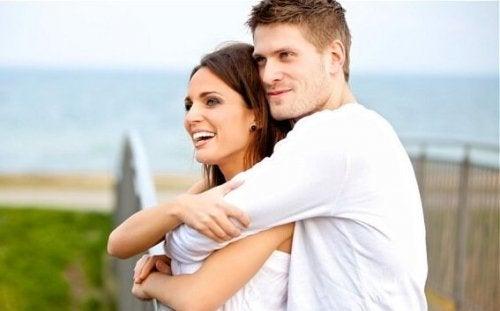 Beundring og kjærlighet: Hva er forskjellen?