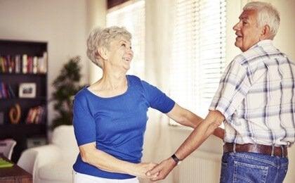Fordelene med å danse i alderdommen