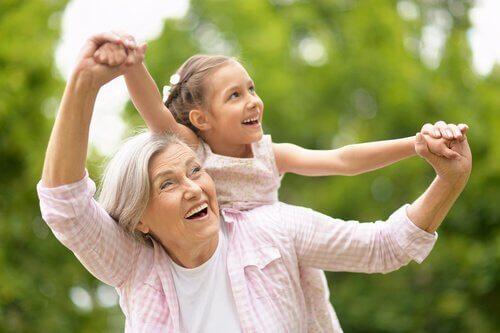 Kenguru-besteforeldre: Å forene familie og arbeid