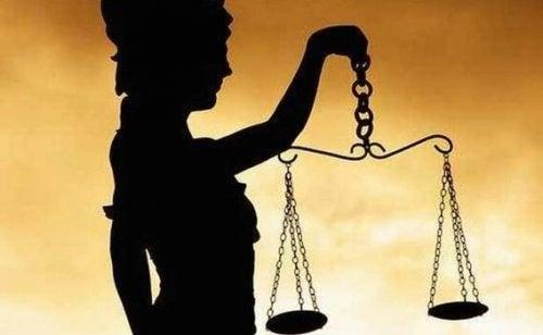 Loven og håndhevelse av korrupsjon.