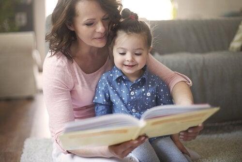 Fordelene med å lese for små barn