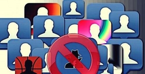 Online grooming er en fare for sosiale nettverk.