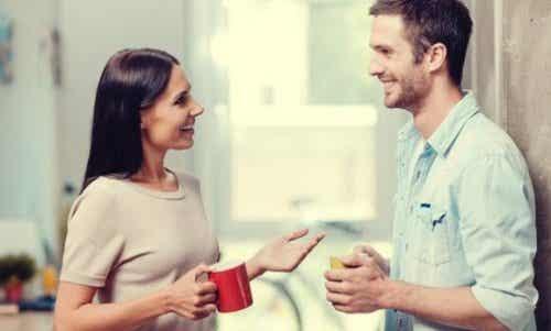 Hvorfor føler vi ubehag når vi mottar komplimenter?