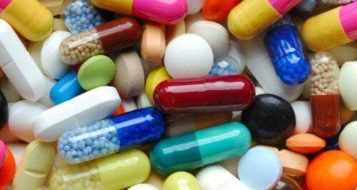 En rekke piller, grunnlaget for psykofarmakologi