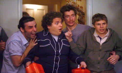 En gruppe mannlige aktører som representerer fedme på tv